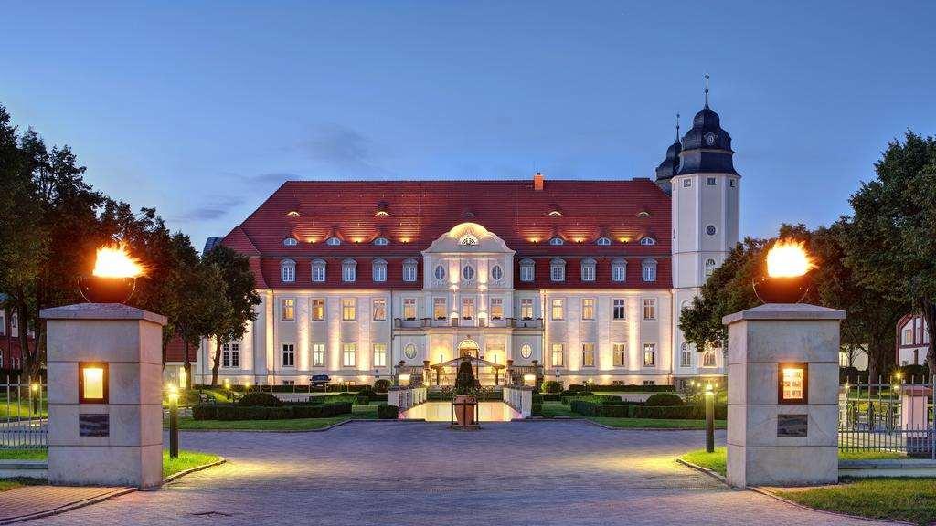 Отель замок в Германии -Schlosshotel Fleesensee