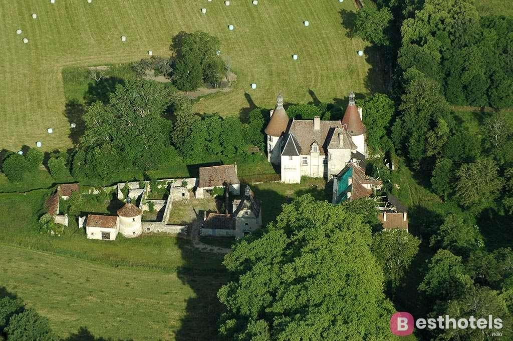 Лучшие отели дворцы во Франции - Le Château du Bost