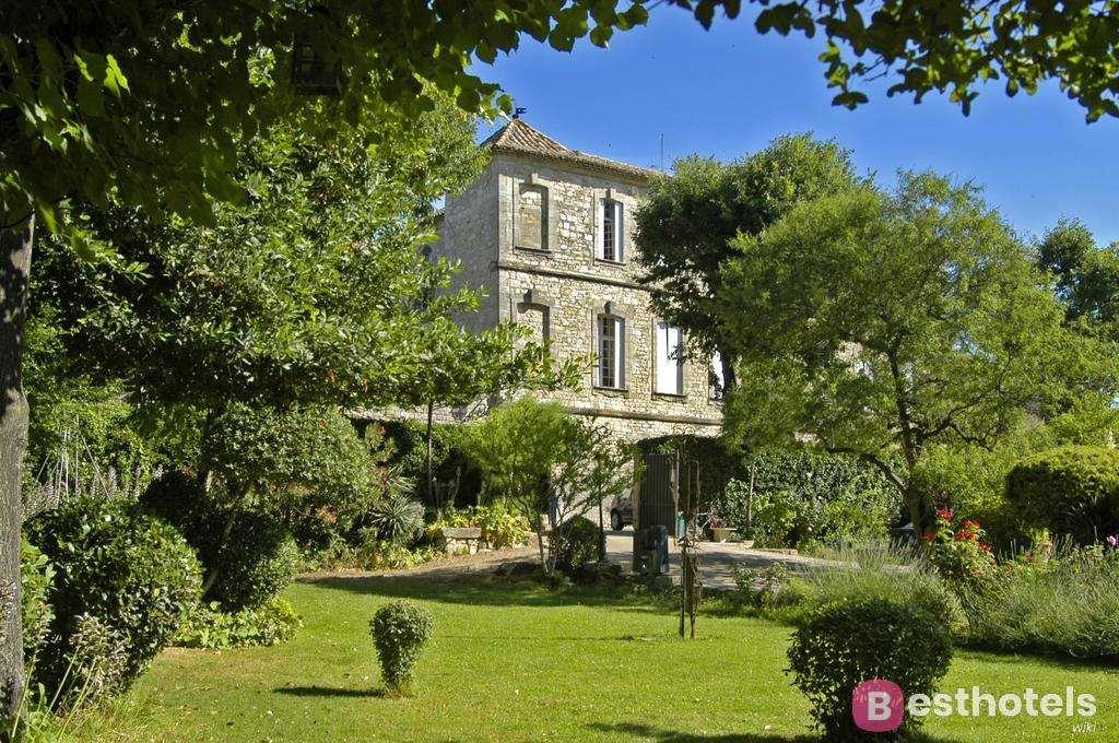 Лучшая гостиница замок во Франции - Château d'Arpaillargues