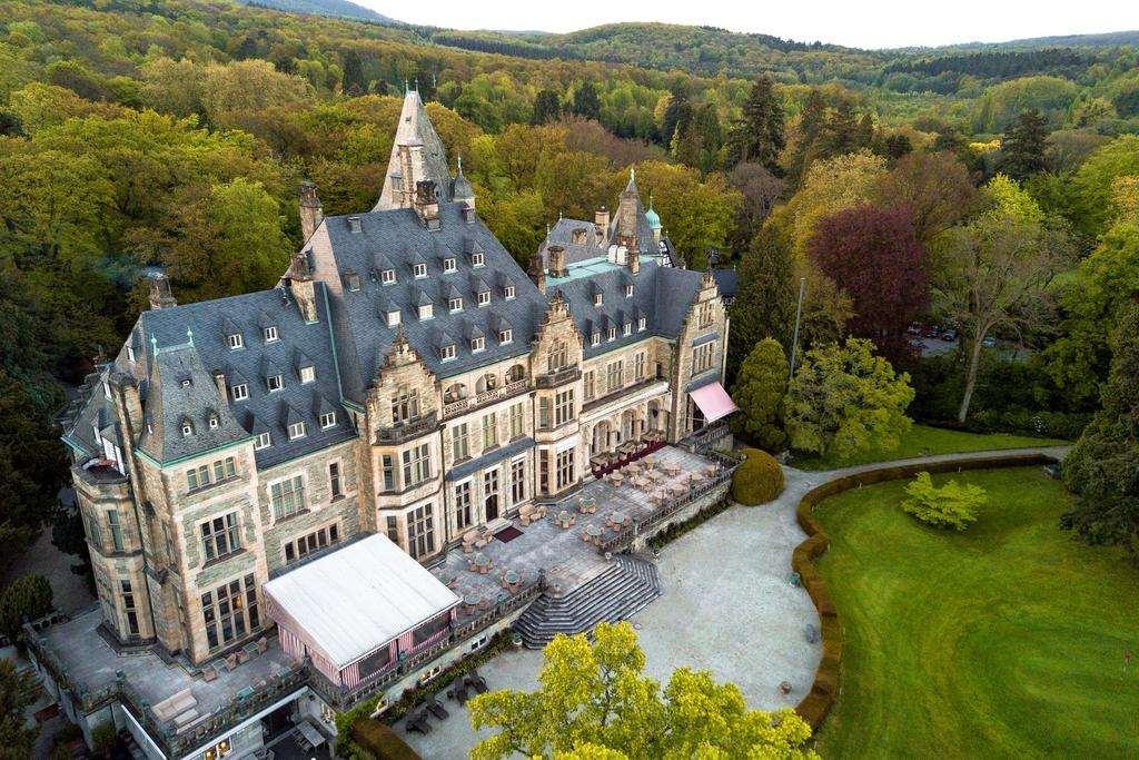 Лучшие отели замки в Германии - Schlosshotel Kronberg
