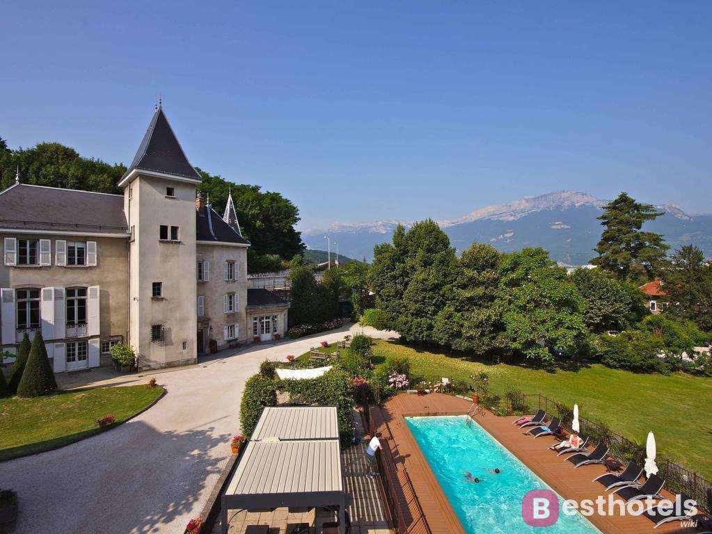 Отель замок во Франции - Château et Spa de la Commanderie