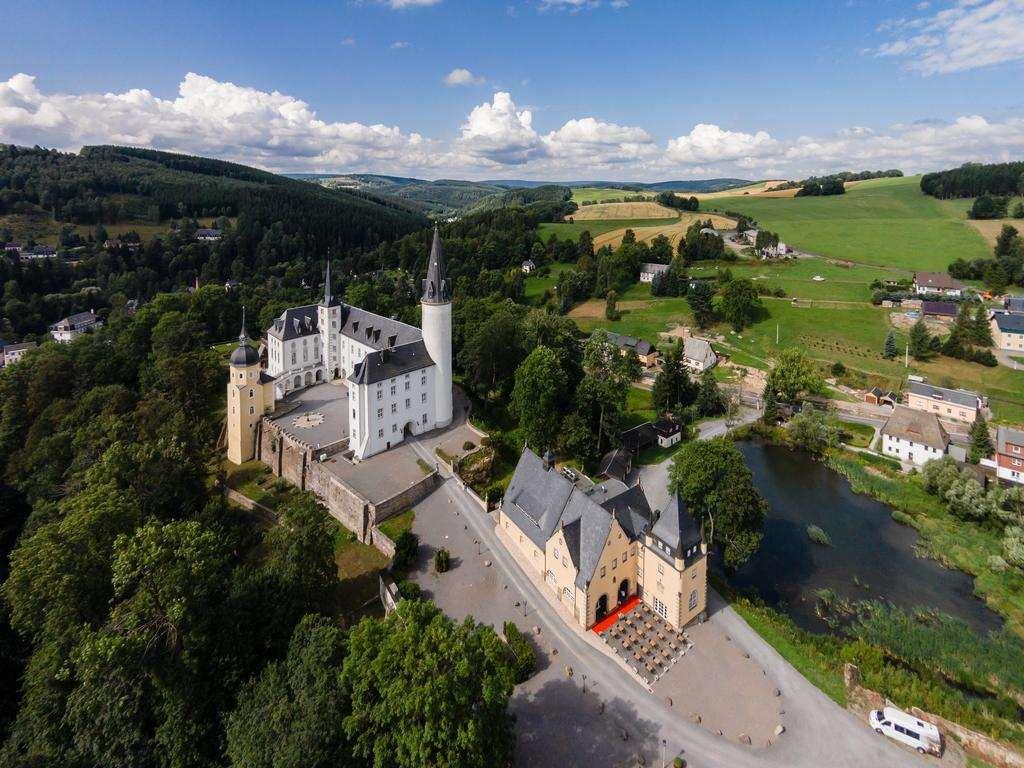 Schlosshotel Purschenstein - один из роскошных замков гостиниц в Германии