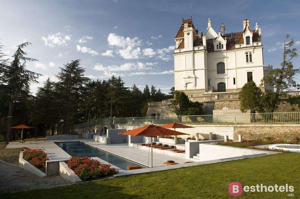 Château Valmy - один из лучших отелей замков во Франции