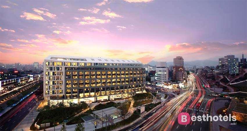 Marriott hotel - одна из роскошных гостиниц в Сеуле