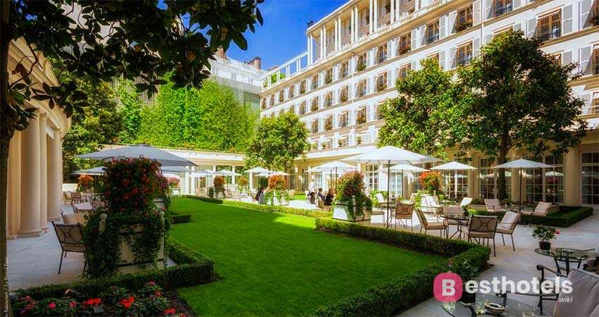 Le Bristol Paris is one of the elite places in the world