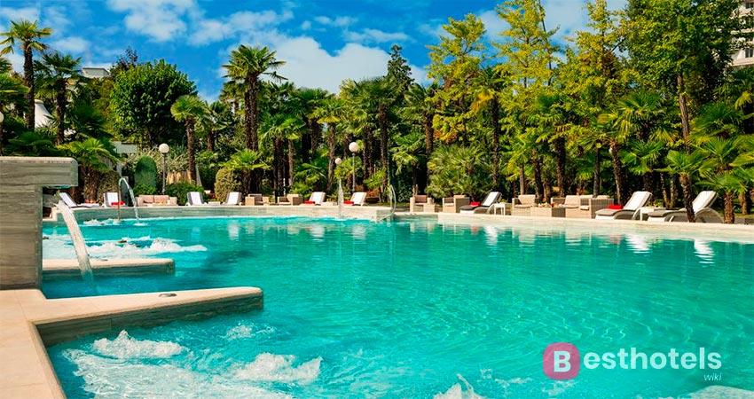шикарный курорт с термальным бассейном в Абано-Терме - Abano
