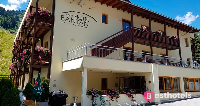 first-class hotel in the resort of St. Anton - Banyan