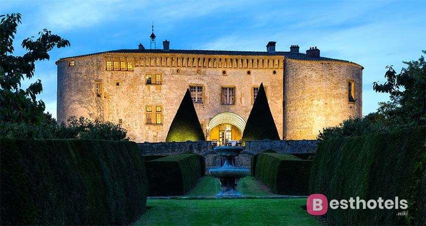 phenomenal hotel in France - Chateau de Bagnols
