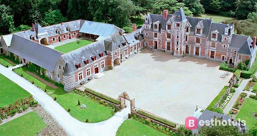 гостиничный комплекс в аутентичном замке во Франции - Chateau de Jallanges
