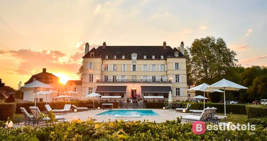отель в особняке во Франции - De Saulon