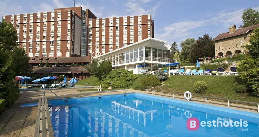 Гостиница не имеющая себе равных в Хевизе - Ensana Thermal Aqua