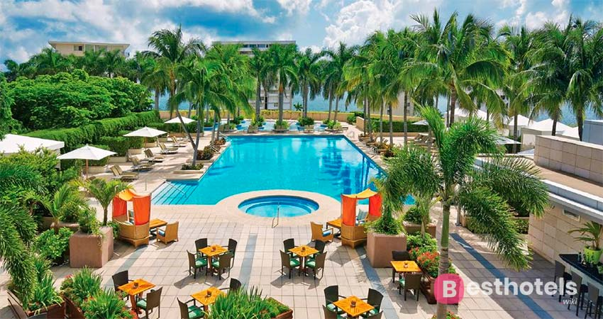Превосходнейший курортный комплекс в Майами - Four Seasons