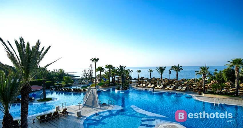 Отели Кипра для отдыха с детьми - Four Seasons