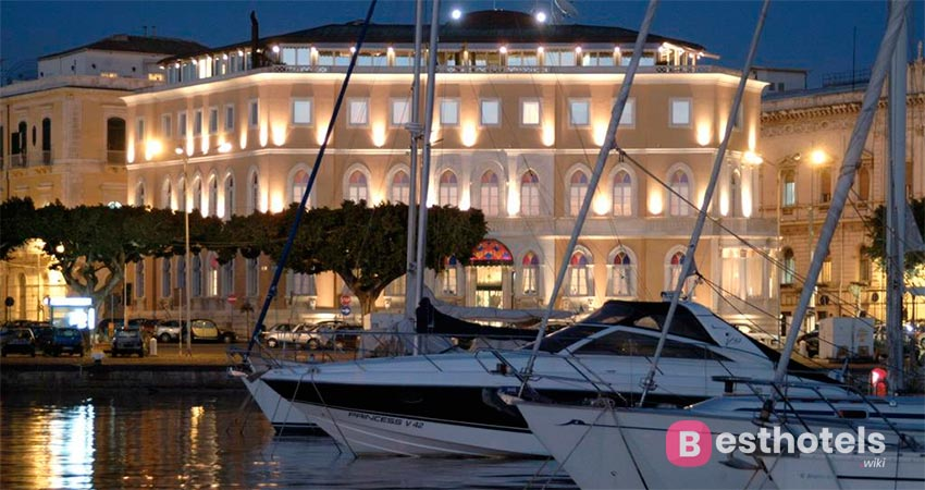отличная гостиница Сицилии со своим пляжем - Ortigia