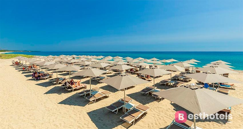 resort on the first line of the sea in Sardinia - Corte Bianca