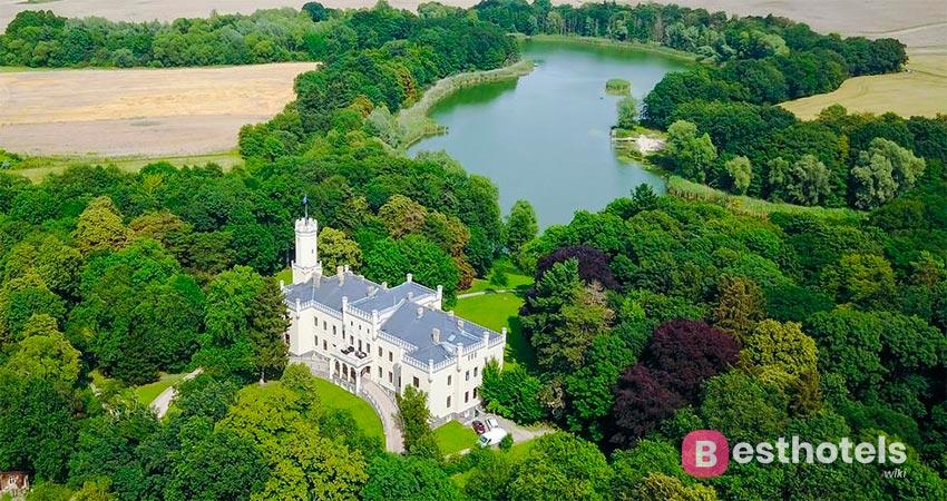 замковый отель в Германии - Schloss Reichenow