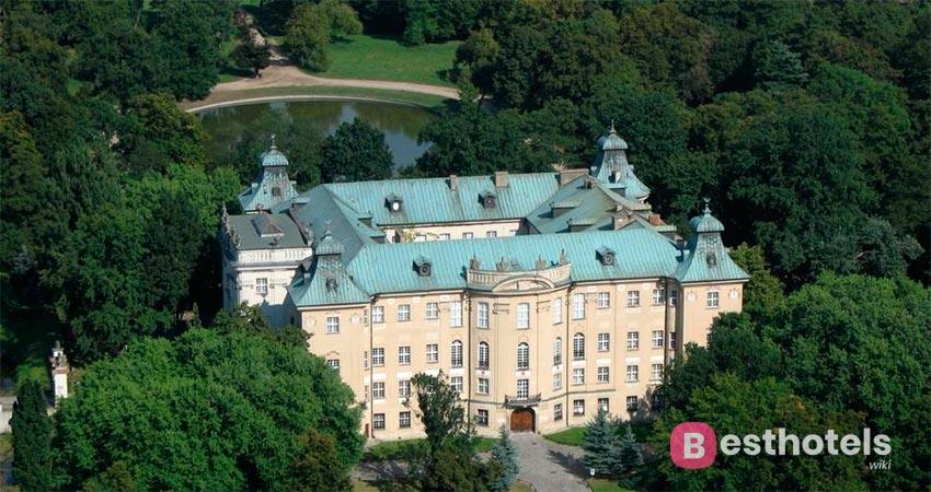 palace hotel in Poland - Rydzyna