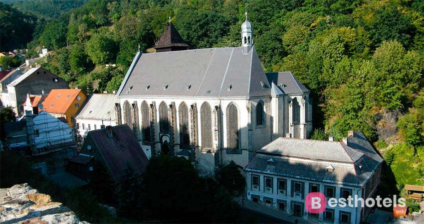 Отель на руинах замк в Чехии - Růžový hrádek