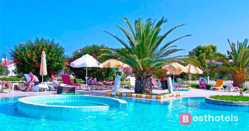 Доступные отели Кипра для отдыха с детьми - Lapta Holiday Club