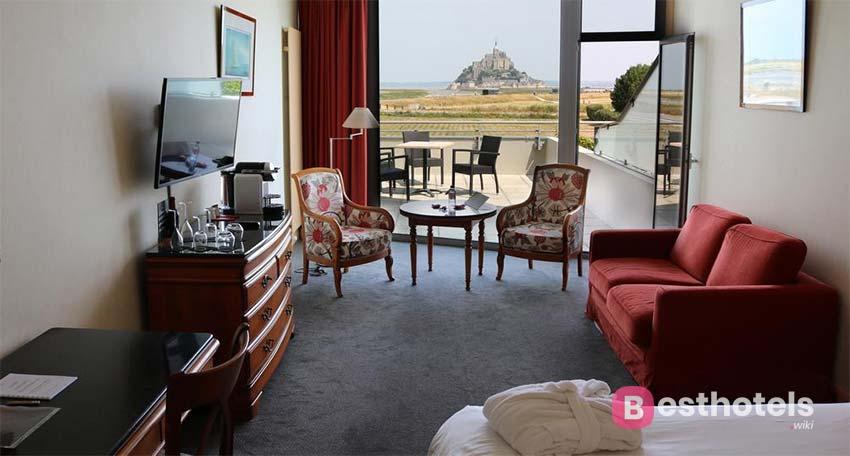 превосходнейшее место с пейзажем на аббатство - Le Relais Saint Michel