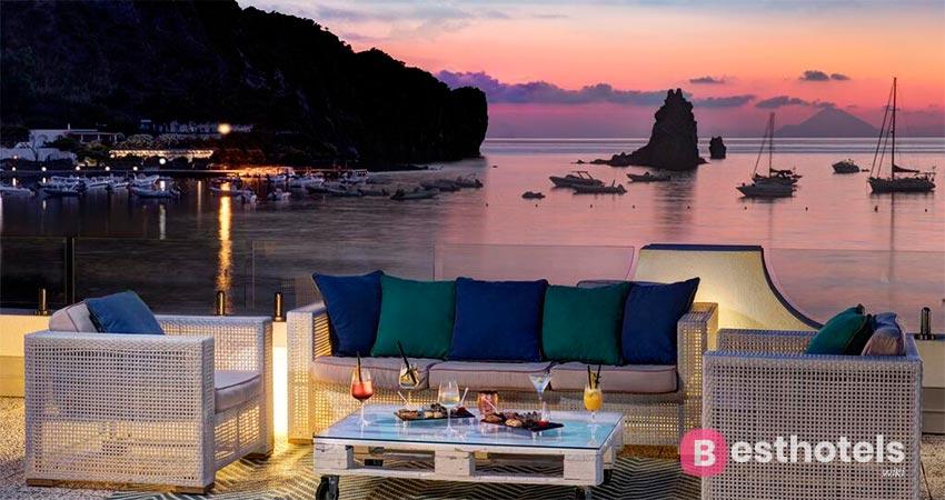 образцовый гостиничный комплекс Сицилии со своим пляжем - Les Sables Noirs