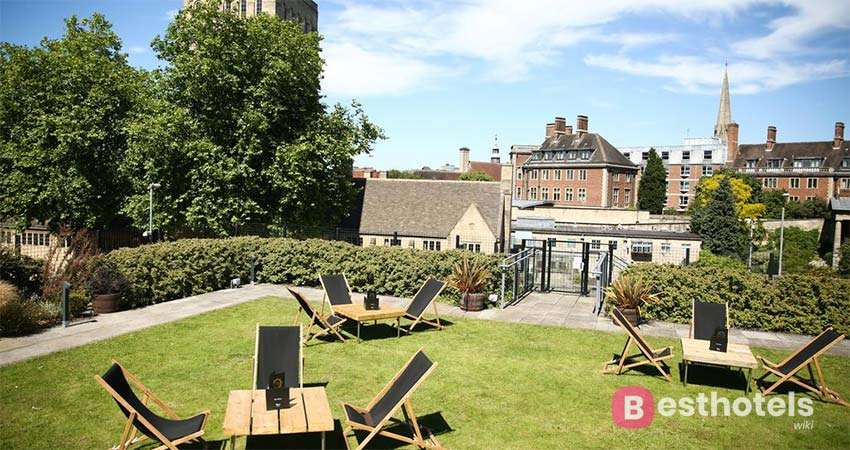 creative hotel in the UK - Malmaison Oxford