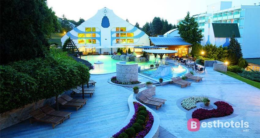 Дизайнерский отель в Хевизе - NaturMed Carbona
