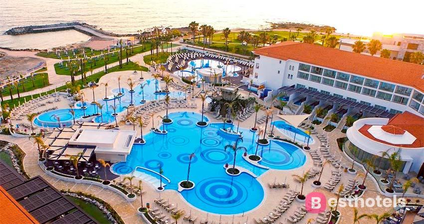 Olympic Lagoon - гостиница на  Кипре для отдыха с детьми