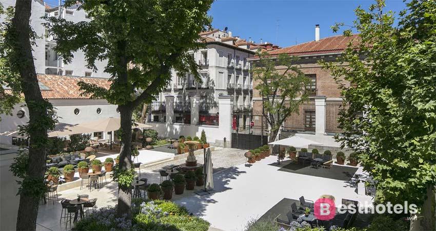 Magnificent Place in Madrid - Palacio de los Duques Gran Meliá