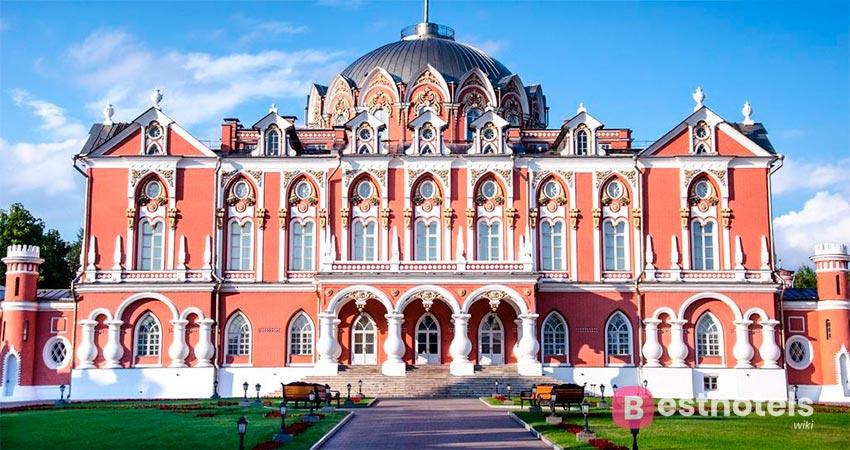 перворазрядный бутик-отель в Москве - Петровский Путевой Дворец