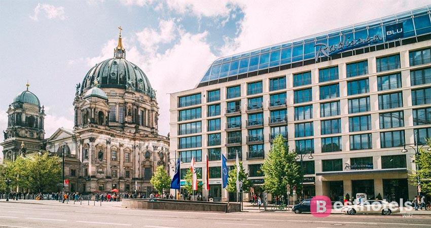 Живописное место в Берлине - Radisson Blu