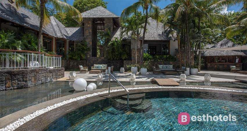 unusual hotel in Mauritius - Royal Palm Beachcomber Luxury