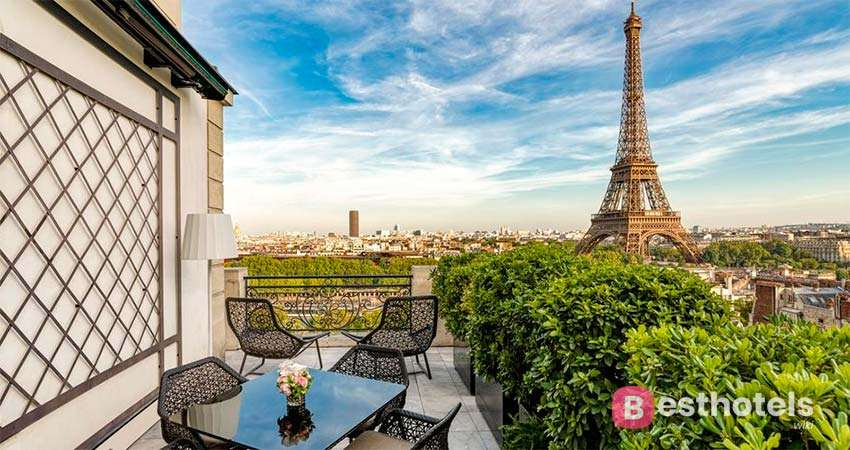 The most luxurious hotels in Paris - SHANGRI-LA HOTEL