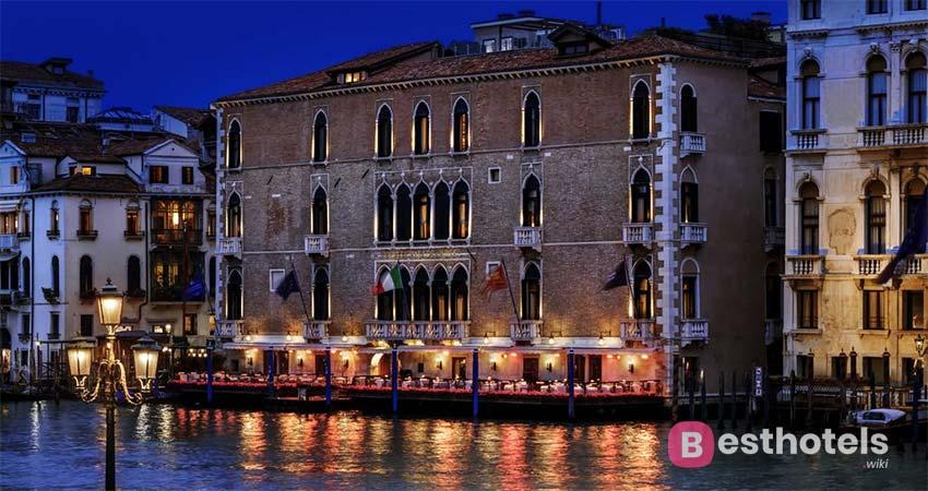 Одно из самых дорогих мест Венеции - The Gritti Palace