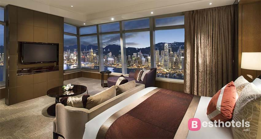 гостиница с наилучшим панорамной картиной мегаполиса - The Ritz-Carlton