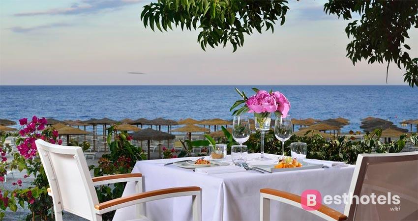 оптимальный место со своим пляжем - UNAHOTELS Naxos, Сицилия