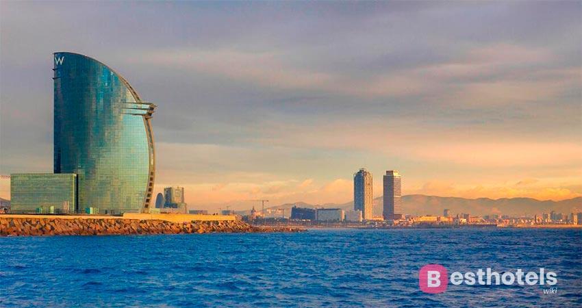 luxury hotel by the sea in Barcelona - W Barcelona