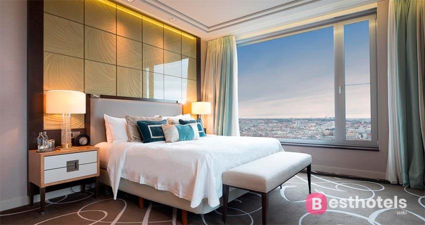 Помпезное место в Берлине - Waldorf Astoria
