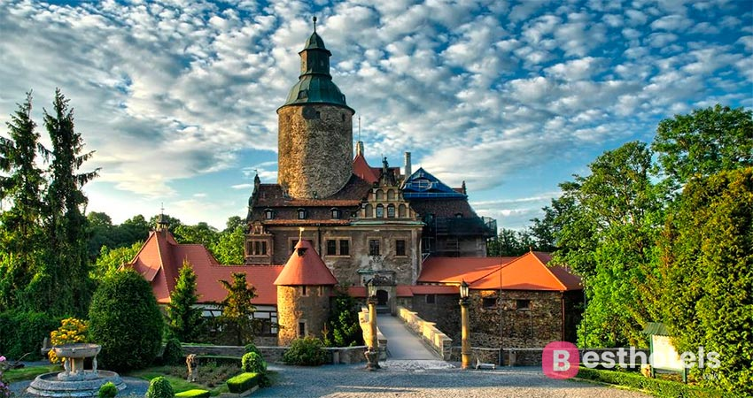 hotel palace in Poland - Czocha