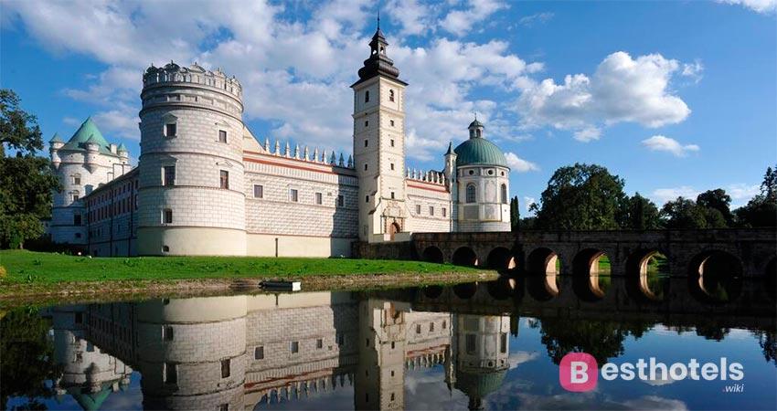 hotel fortress in Poland - Krasiczynie