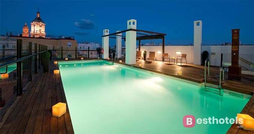 Один из самых фешенебельных отелей Малаги - Vincci Selección Posada del Patio