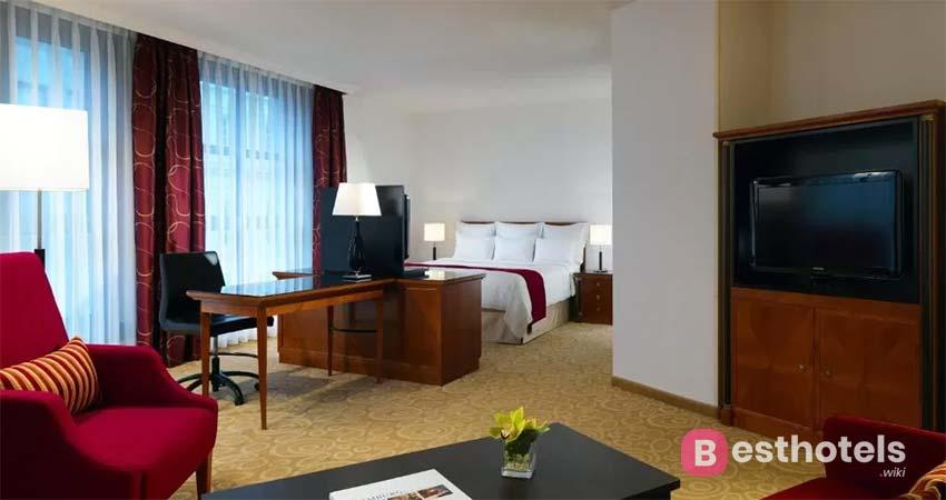 Современный комплекс в Гамбурге - Hamburg Marriott Hotel