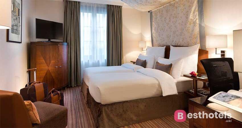 Pompous hotel in Brussels - Warwick Brussels